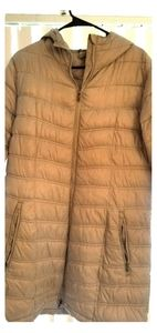 Womens Columbia mid weight puffer
